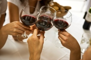 "Wine Club's New President Adopts Slogan, ""Make America GrapeAgain"""